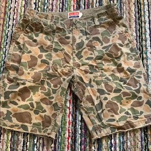 🔥🔥😎Urban Outfitters AllSon Camouflage Shorts